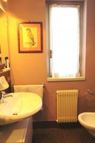 <b>2° bagno con doccia</b>