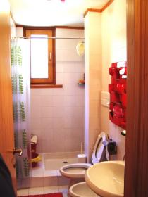 <b>MIRRO apartment</b> bathroom